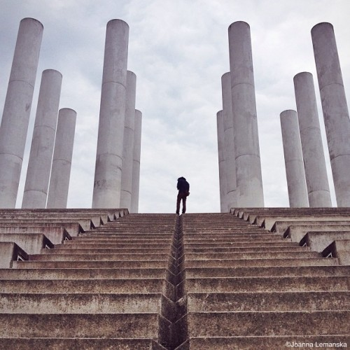 misscoolpics:  Columns #cergy #iphone4s  (à Cergy St Christophe)