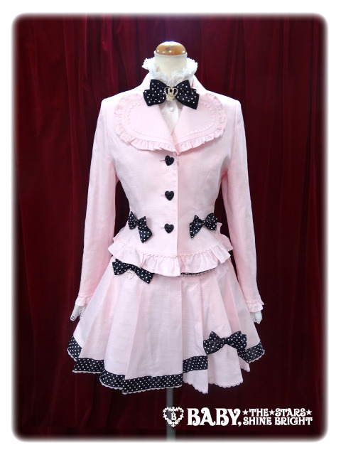 lolitahime:  Ribbon Dot Heart Jacket Also available in:BrownBlack