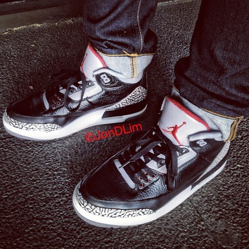 Can't go wrong with the classics. #airjordan #III #blackcement #solematesmelb #nightwingknows big shoutout to @syntheticmilk for holding this pair for me! Much appreciated!