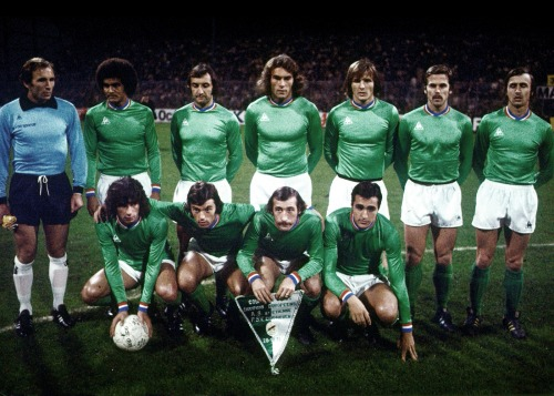 footballarchive:  AS Saint-Etienne, European Cup 1976/77, 2nd round, 1st leg v PSV Eindhoven (1-0).Source: Le Coq Sportif