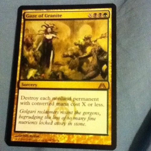 Gaze of Granite makes it's pack a day debut, I should have drafted this but I went Selesnya and Simic instead of Simic/Golgari … #packadayhabit #magicthegathering #GazeOfGranite