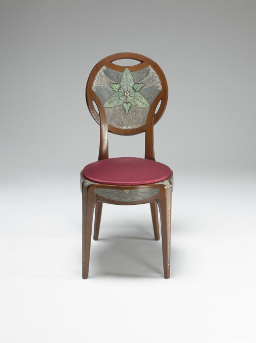 fashionsfromhistory:  Chair c.1925 VMFA