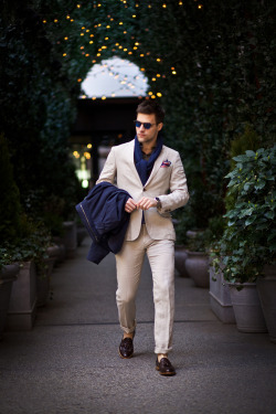 maletrends:  MALE TRENDS A blog about men's fashion, lifestyle & more.