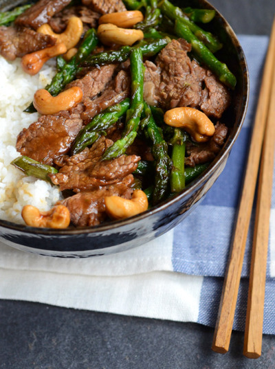 Garlic Beef and Asparagus Stir-fry with recipe (link)