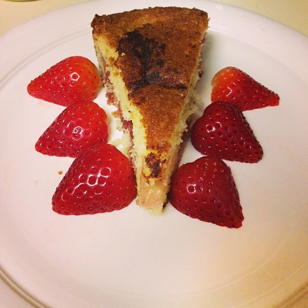 Strawberry Tart courtesy of @mhicking http://bit.ly/YDICkV