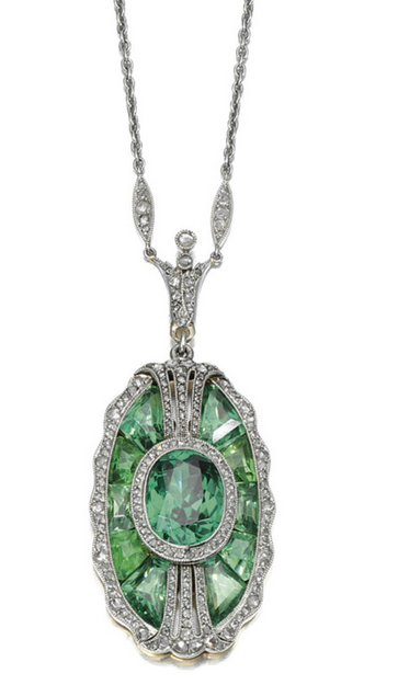 omgthatdress:  Pendant Tiffany & Co., 1910s Sotheby's