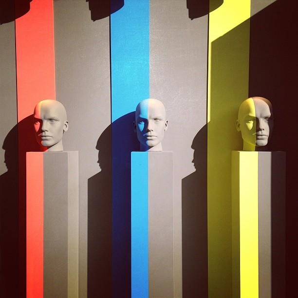 Rainbow men @ @mostsalone. #colors #men #red #blue #yellow #designweek #milàn #art #design  (presso Museo della Scienza e della Tecnologia)