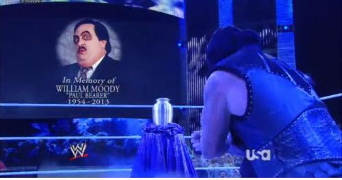 vanillamidget:  Taker pays his final respects to Paul Bearer! #Raw