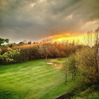 Cleckheaton & District Golf Club  #cleckheaton #golf #club #sunset #dusk #green #fairway #instagood #instagreat #jj_forums #instagramdaily #instafamous #igers #ipopyou  #iphonesia #webstagram #bestoftheday  #ahahahaCheah #igdaily #tweegram  #instamood #photooftheday #ignation #igaddict #primeshots #instadaily #instagram_underdogs #towic  (at Cleckheaton & District Golf Club)