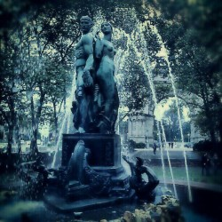 #Bronze Gods! #Brooklyn #BaileyFountain #GrandArmyPlaza #ParkSlope #ProspectHeights #ProspectPark ##2MonthsAgo #brooklynpoets #explore_brooklyn #explore_community #explore_nyc #Water #Revisited  (at Bailey Fountain (Grand Army Plaza Fountain))