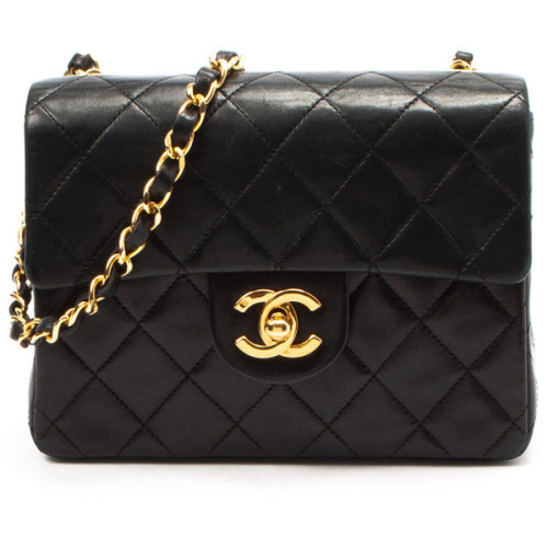 Chanel shoulder bag   ❤ liked on Polyvore (see more black handbags)