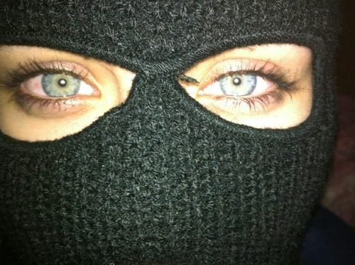 black-crownss:  holy shit her eyes