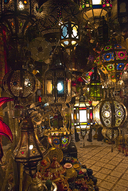 visitheworld:  Lamps shop in Marrakech, Morocco (by LaGre).