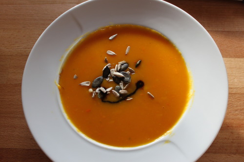 essenfertig:  Pumpkin Soup <3