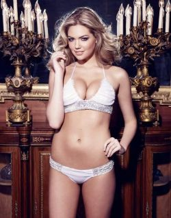 kateuptonisagoddess:  Kate Upton is imposing