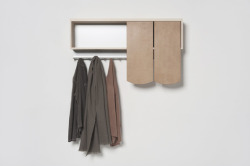 Hanna Krüger / Shingle sliding doors shelves