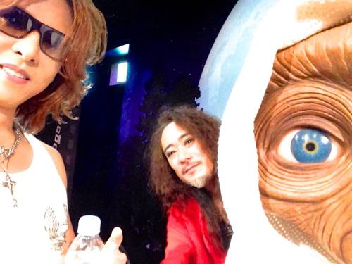 #Xjapan press conference! Backstage pic with Pata and E.T. —Yoshiki @ FB