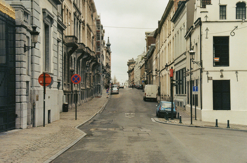 | ♕ |  Hill street in Brussels  | by © Fabrizio Mingarelli