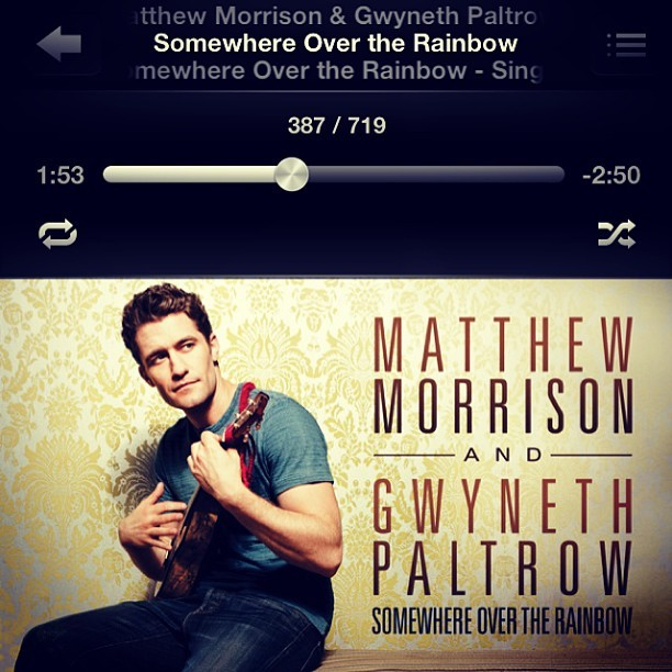 favorite song ever ❤❤❤ #glee #somewhereovertherainbow#matthewmorrison #gwynethpaltrow #gleemusical #musical #instamood #instamusic #instagood #insta #instalove #instacool #music #love #pop #slow #rainbow #photooftheday #life #followback #igers #igersoftheday #instasweet #instahub #me #bestoftheday #instafollow #iphoneonly #colorful