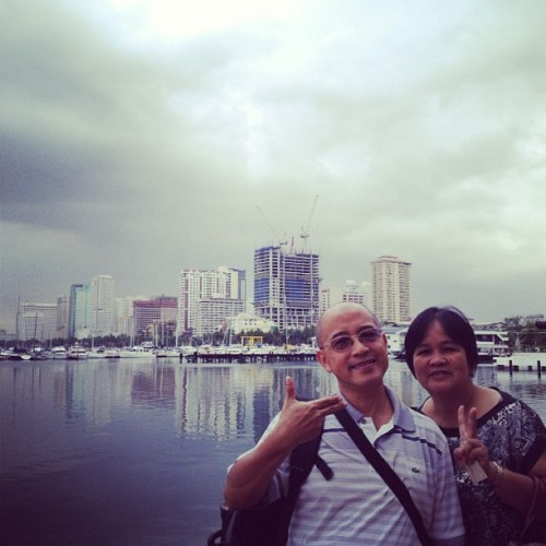 Padre and mudra #manilabay #philippines
