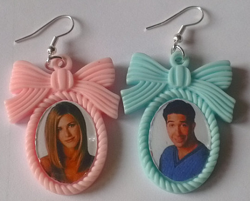 ross and rachel cameo earrings