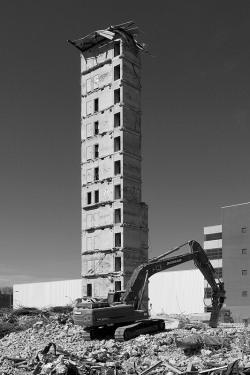 eastberliner:  concrete tower demolition , berlin 2013