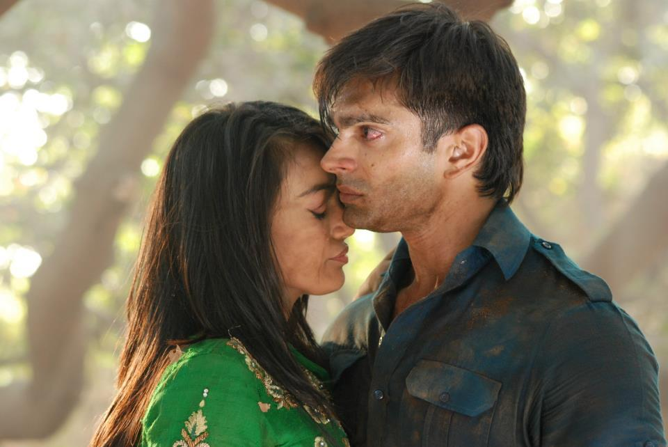 Qubool Hai Asad And Zoya Dance Video Asad fighting for Ayaan