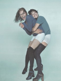 petrole:  annie morton and milla jovovich for D la repubblica delle donne october 1996