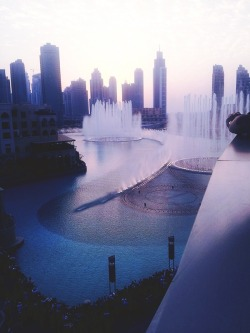 messymsy:  - Dubai fountain, Dubai Mall.
