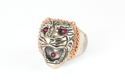 Another day, another Lion - this Sterling Silver and 14K Rose Gold ring with rubies traveled all the way to Russia. Customized and fierce as always, this is the most internationally pursued jewelry item I make so far, let's send Assyrian Lions all over the world!