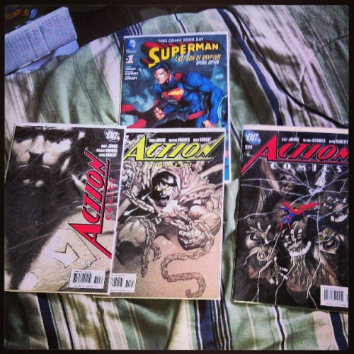 "Fcbd reissue of action comics 844 and issues 844-846 of action comics ""last son of krypton"" #lastsonofkrypton #richarddonner #geoffjohns #generalzod #bizarro #actioncomics #dc #superman"