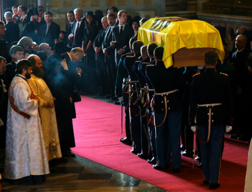 Russian and Danish honour guards carry the coffin with the remains of Russian Empress Maria Feodorovna after a church service in Issakiyevsky Cathedral in St. Petersburg  Thursday 28 September 2006. Danish princess Dagmar, which became Russian Empress Maria Feodorovna, as a wife of Russian Emperor Alexander III, escaped Russia after the October Bolshevik revolution and died in Denmark. Maria Feodorovna was reburied in Peter and Paul Cathedral in St. Petersburg near her husband.  I actually didn't know they reburied her-awww