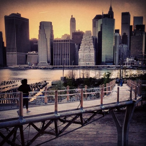 Brooklyn Bridge Park got a pedestrian bridge! (at Squibb Park Bridge)