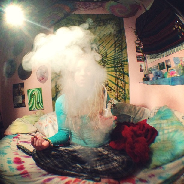 happinessanddeathcollide:  niceeee cloud :) 420cloudroom