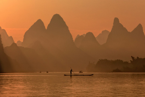 allasianflavours:  Li River Guilin by  ©Helminadia Ranford