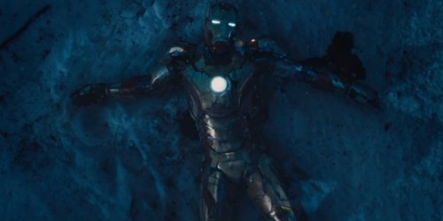 New 'Iron Man 3' footage has Tony Stark watching his own house fall apart