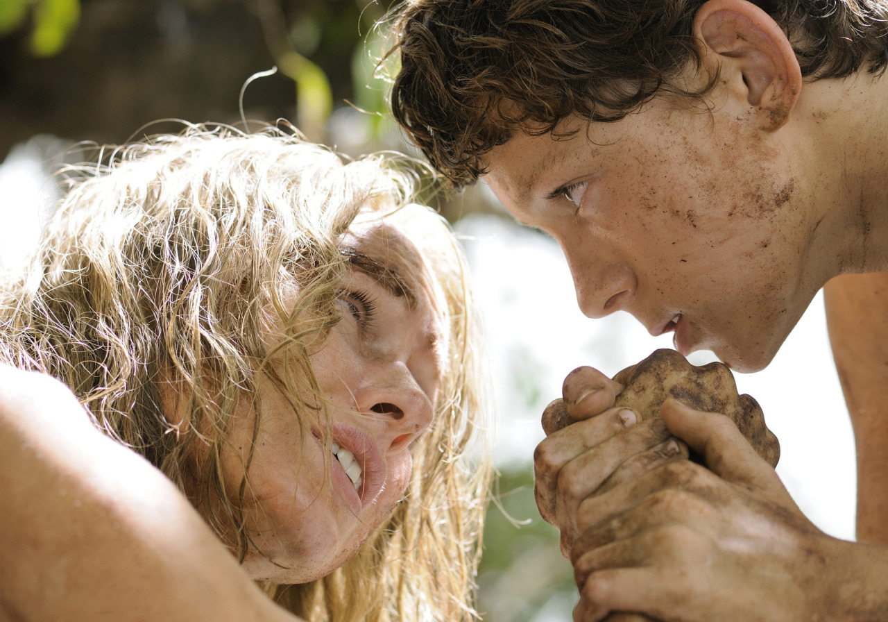 "suicideblonde:  Naomi Watts as Maria and Tom Holland as Lucas in The Impossible ""As for her three boys, [Maria] Belon did give us an enthusiastic update on their statuses: Lucas is now 18 years old and training to be a doctor, and she described him as being ""immensely brave."" She said that what he took from the experience of the tsunami is that ""there is never enough of what you can do for others."" Thomas, now 16, is at a school that studies half the time and does community service the other half of the time, and he is also working as a lifeguard in Wales. As for Samuel, 13, she said he is wondering whether being a firefighter or a policeman would be the best way to help people. Overall, they have all come out of this experience wanting to help others."" - Tsunami Survivor Maria Belon Reflects on 'The Impossible'"
