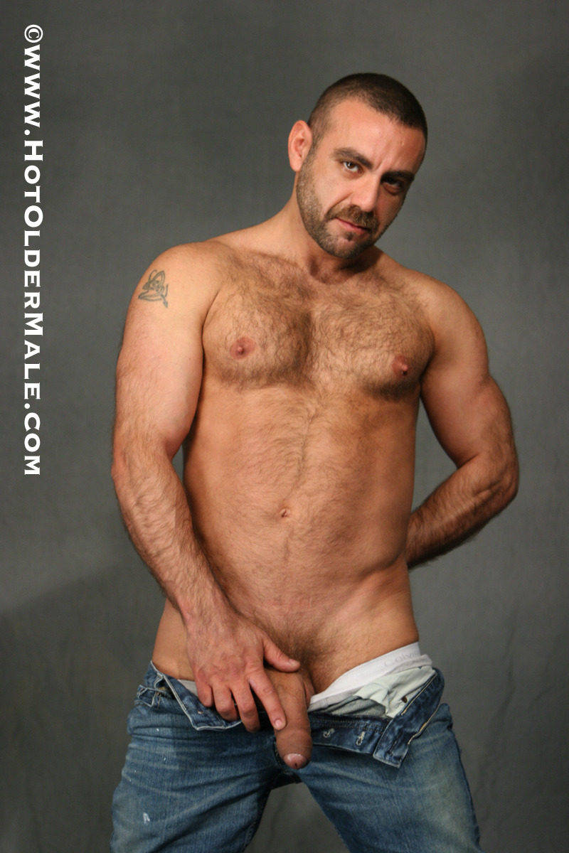 fuckyeahdaddies:  Watch Uncut Daddy Manu Malte at Hot Older Male.