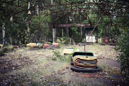 fuckyeahabandonedplaces:  Bumper Cars (by CmdrCord)