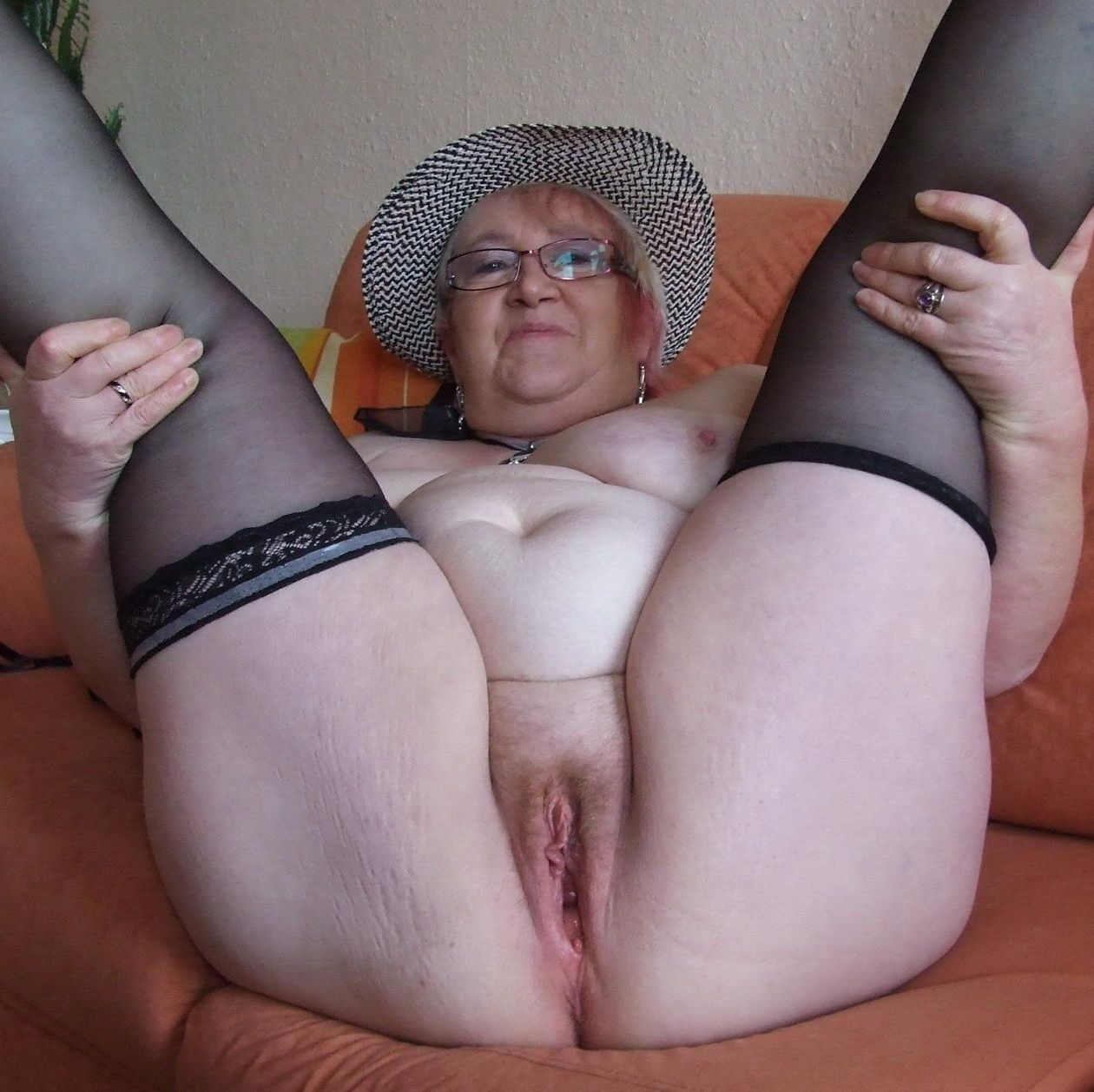 Older women cunt porn