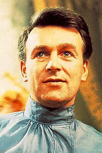 whojunkie86:  Ian Chestertonplayed byWilliam Russell