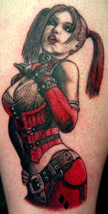 fuckyeahtattoos:  Tattoo shop: Shades of Gray Albuquerque NM by:Orlando Sedillo Of: Harley Quinn from Batman Arkham City