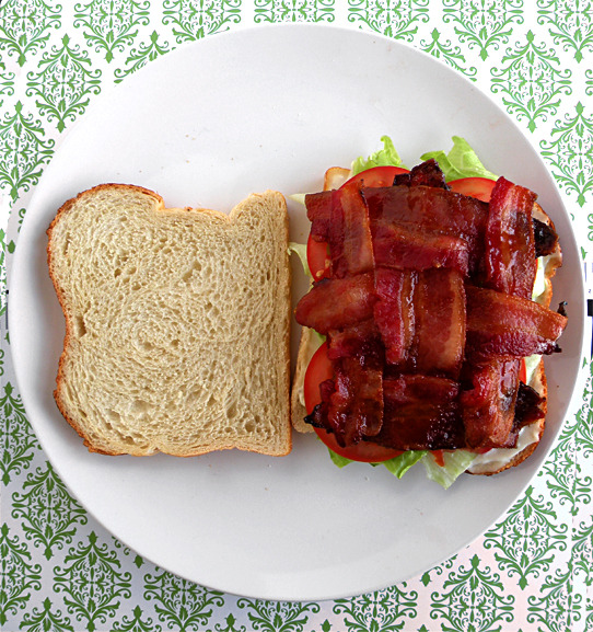 prettygirlfood:  Make the Perfect BLT with bacon in EVERY bite! + Other Awesome Food Hacks!