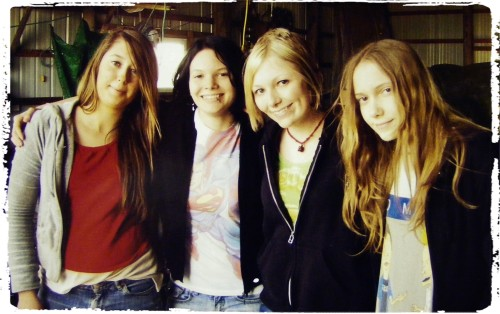me and all my sisters! :( i miss them so much. i am the one with short blonde hair. the black haired one is the one that wants to do cos. deviants with me. look how grunge my youngest sister is in her beavis and butthead shirt haha!
