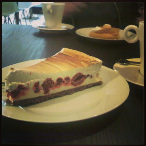 Yummy! #pornfood #pie  (at workshop café)