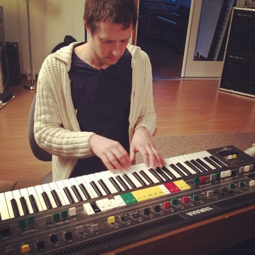 timothynordwind: @damiankulash on the Yamaha CP60