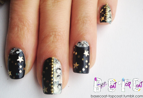 basecoat-topcoat:  possibly one of my favorite nail designs! HALF MOON HALF MOONS - Nail Challenge - Day 18 - half moon nails!