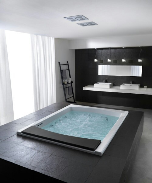 An always stylish jacuzzi