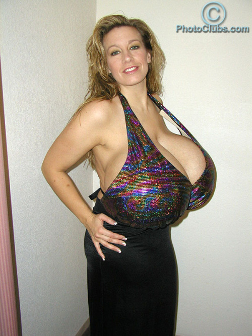 Chelsea Charms: 153L giant jugs from USA - More pics of her @ Photoclubs.com