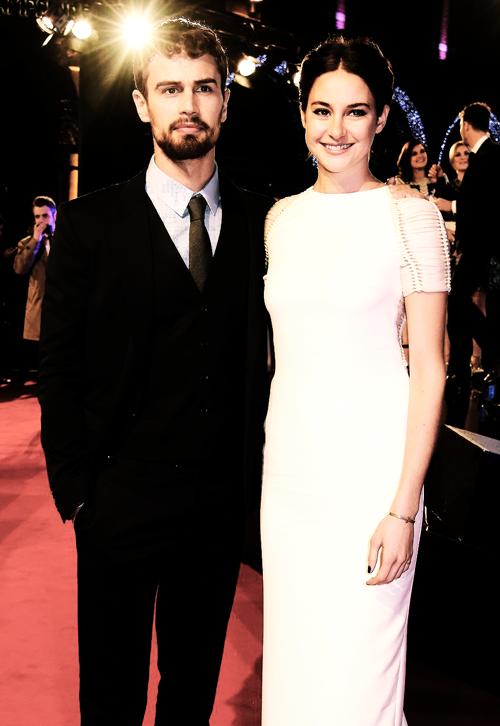 ''Insurgent''-ის მსოფლიო პრემიერა გრძელდება!